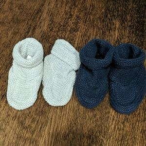 Baby gap knitted booties 6-12 mnths